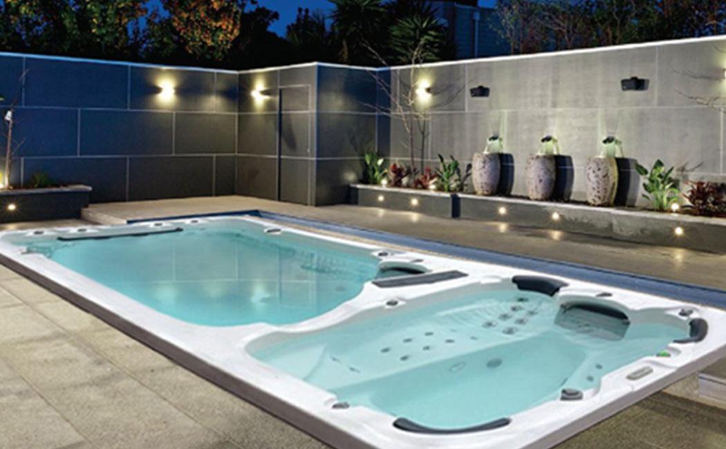 Hydrozone Swim & Sitting Spa